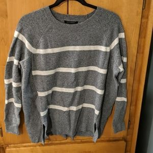 Banana Republic Gray Striped Sweater